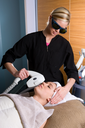lab-spa-clinic-IPL-light-therapy-and-photorejuvenation-3